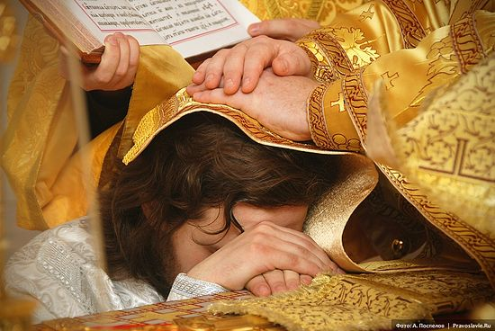 Ordination to the priesthood. Photo by Anton Pospelov / Pravoslavie.ru