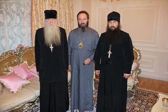 Архиепископ Наро-Фоминский Юстиниан с архимандритом Иоакимом (Парром)