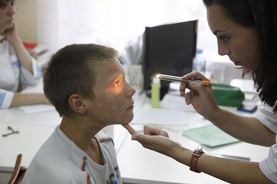 На приеме у врача невролога Т. Щиповой из областной детской больницы г. Екатеринбурга