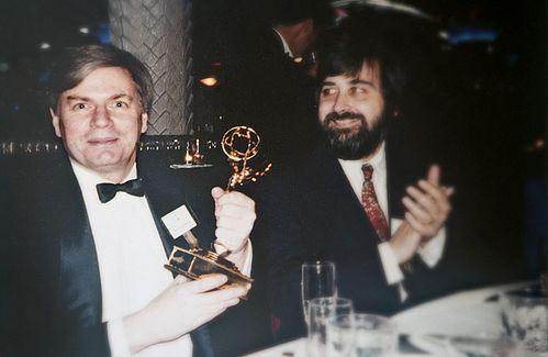 Джек Ханик на церемонии вручения премии «Эмми», где он получил награду как лучший режиссер.