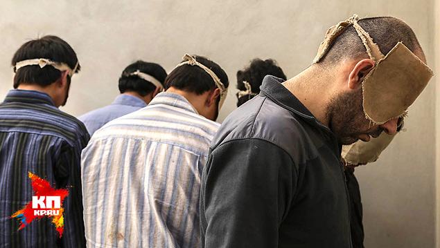 """Задержанные """"воины оппозиции"""" в тюрьме Дамаска. Фото: Нигина БЕРОЕВА"""