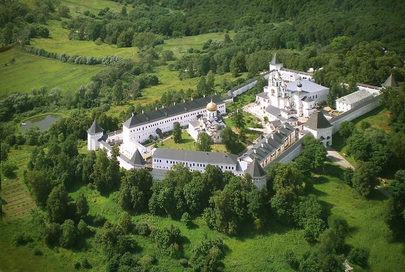 Саввино-Сторожевский монастырь. 1 августа 2009 года  Фото: Михаил и Екатерина
