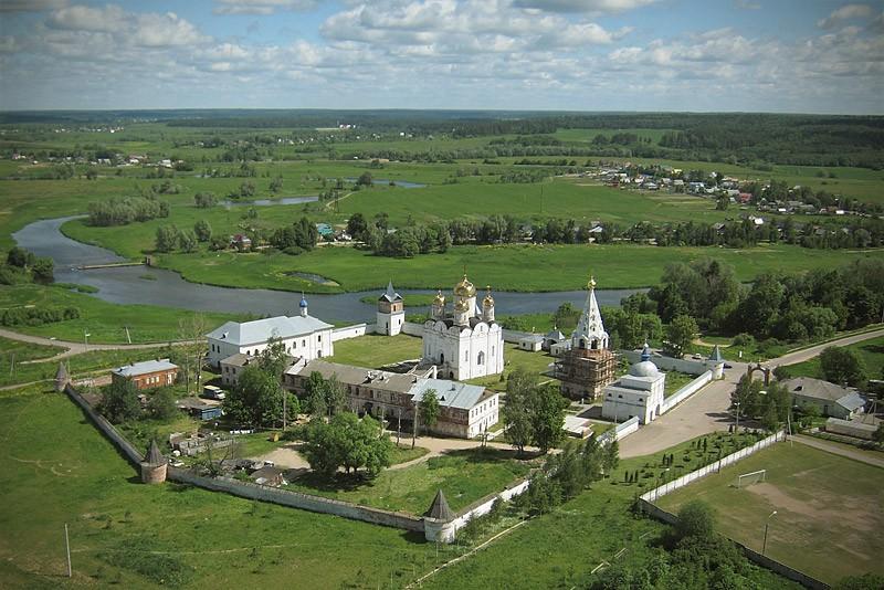 Ферапонтов Лужецкий монастырь. 4 июня 2011 года  Фото: Михаил и Екатерина