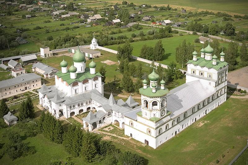 Николо-Вяжищский монастырь. 29 июля 2011 года  Фото: Михаил и Екатерина