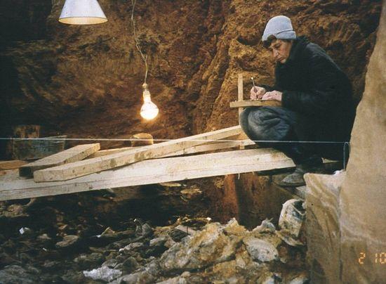 Раскопки погребального рва на Бутовском полигоне, 1997 г.