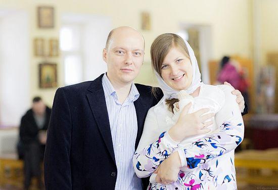 Анатолий Данилов с супругой Анной и дочерью Натальей