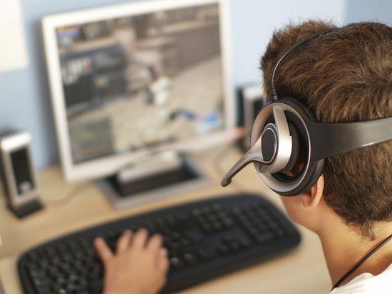 b186d791dd8c Кроме того, считаю, если нет возможности полностью оградить ребенка от  компьютера и компьютерных игр, нужно его вовремя и правильно познакомить с  ...
