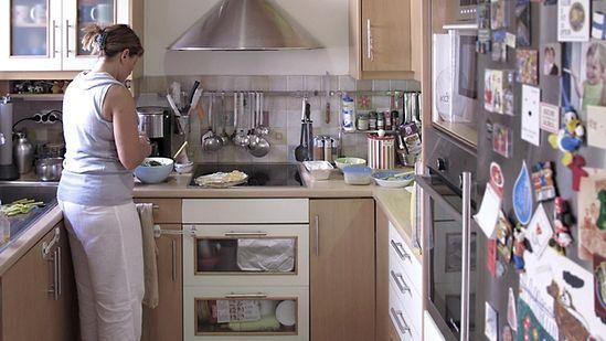 Marilena Zachou making tabbouleh in her kitchen
