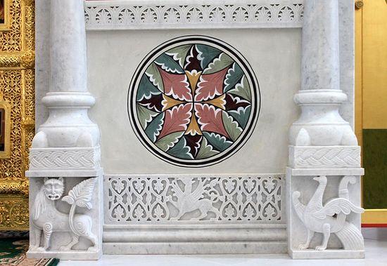 Фрагмент росписи и мраморной резьбы. Храм св. вмч. Екатерины в Риме
