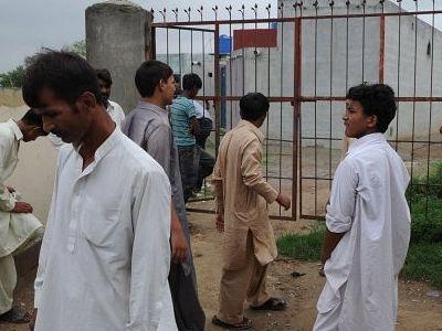 Пакистанскую семью принудили к принятию ислама под дулом пистолета