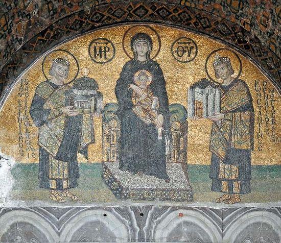 Богородица с предстоящими святыми императорами Юстинианом и Константином