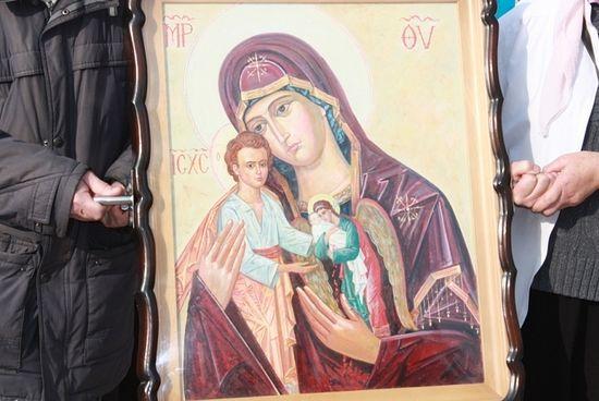Икона Божией Матери назвали «Скорбящая о младенцах, во чреве убиенных».