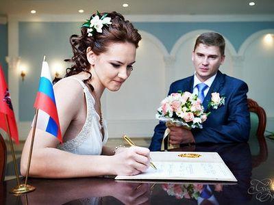 Брак христиан кроме духовной стороны имеет еще и правовую, гражданскую