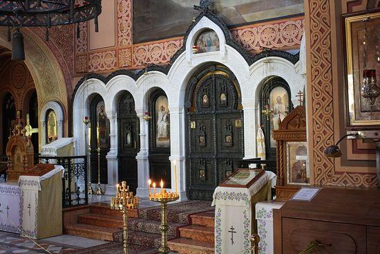 В храме, где почивают мощи прпмцц. Елизаветы и Варвары. Гефсимания