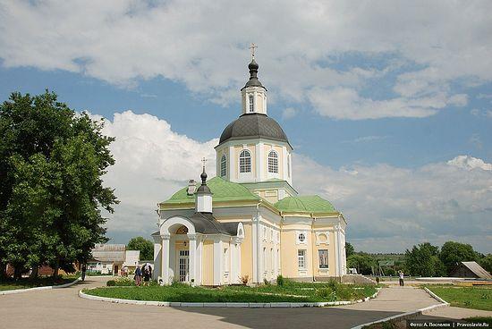 "The Hermitage of the Savior ""Made Without Hands"" in the village of Klykovo. Photo: A.Pospelov / Pravoslavie.Ru"