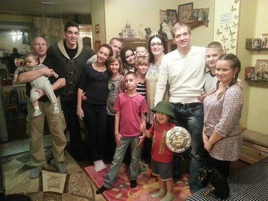 Оксана Михайловна Гарнаева с семьей