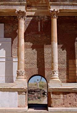Сарды. Здание античного гимнасиума
