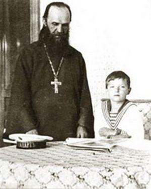 Протоиерей Александр Васильев, ученик С.А. Рачинского. Духовник царской семьи.