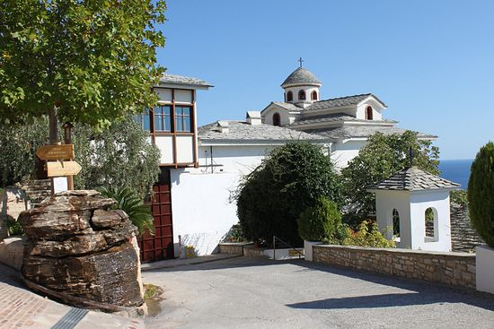 Монастырь архангела Михаила, подворье афонского монастыря Филофей
