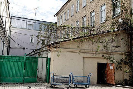 Објекти предвиђени за рушење нису споменици архитектуре.