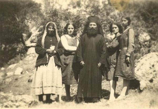 Elder Porphyrios with his spiritual children.