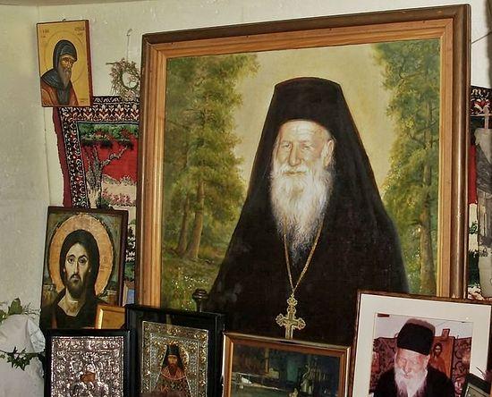 146933.p Всемирното Православие - КОЙ Е ПРЕПОДОБНИ ПОРФИРИЙ (КАВСОКАЛИВИТ)
