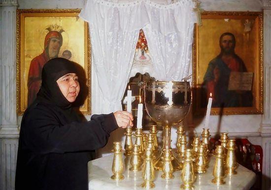 Вернется ли жизнь в поруганный монастырь?