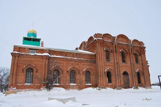 Храм в Хромцово, заложен в 1842 году.