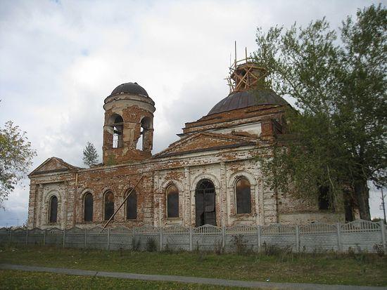 Храм в Камышево, заложен в 1821 году.