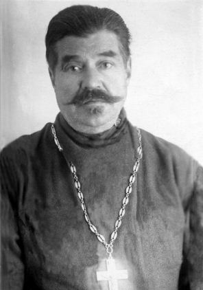 Иерей Николай Харьюзов