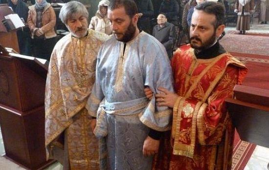 Рукоположение Еммануила в диаконы.