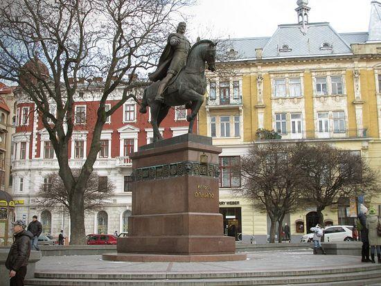 Львов. Памятник Данилу Галицкому