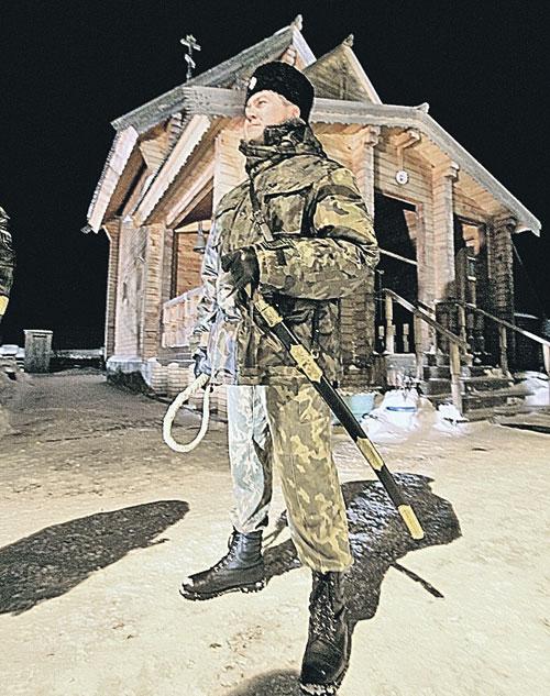 После поджогов на защиту храмов встало немногочисленное татарстанское казачество.