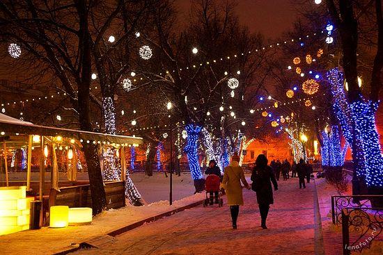 Москва, Чистые пруды ночью. Фото: lenafoto.ru