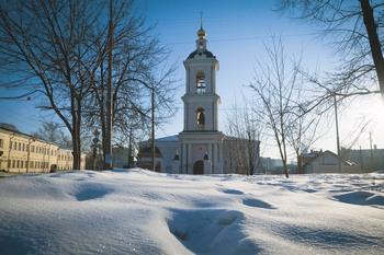 Возрожденный храм во имя святителя Николая в Покровском