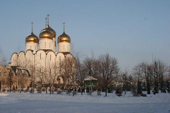 Успенски храм. Свето-Успенски Николо-Васиљевски манастир