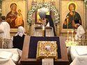 Богослужение в Сретенском монастыре накануне Крещенского сочельника