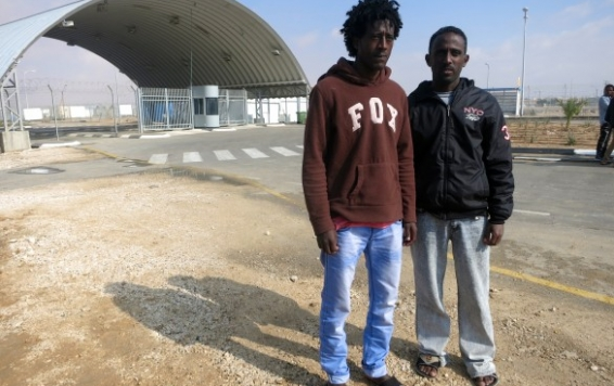 Holot prisoners Daniel Angosom, 21, and Filmon Mengstab, 27, were tortured by Bedouin kidnappers in the Sinai Desert before being picked up by Israeli soldiers along the border fence. The Israel Prison Service has held them in captivity for over a year now.