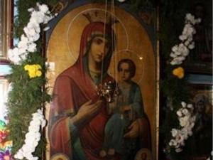 Иверская икона Пресвятой Богородицы хоть и не числилась чудотворной, но была очень почитаемой в округе. Фото Кременчугской епархии