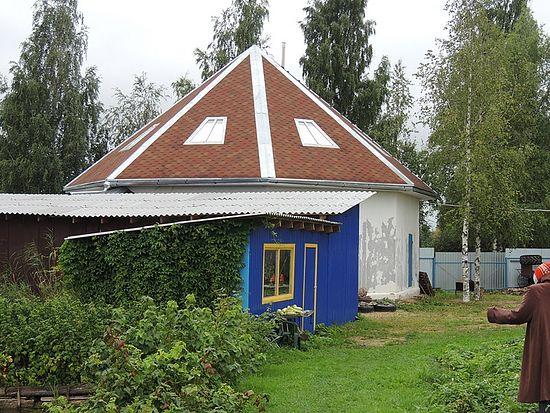 Круглый дом Русановых