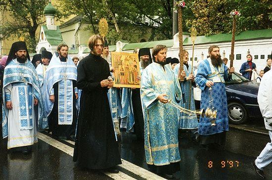 Крестный ход на Сретение Владимирской иконы Божией Матери, 1997 г.
