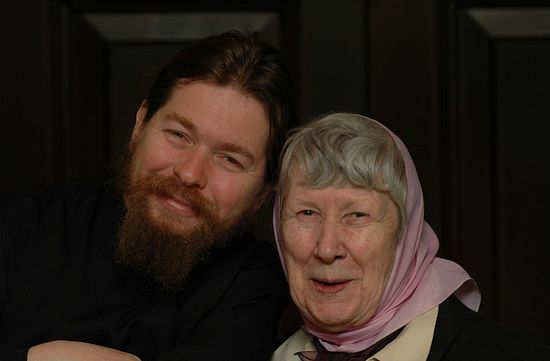 Archimandrite Tikhon and Evgenia Matfeyevna Grika. Photo: Pravoslavie.ru