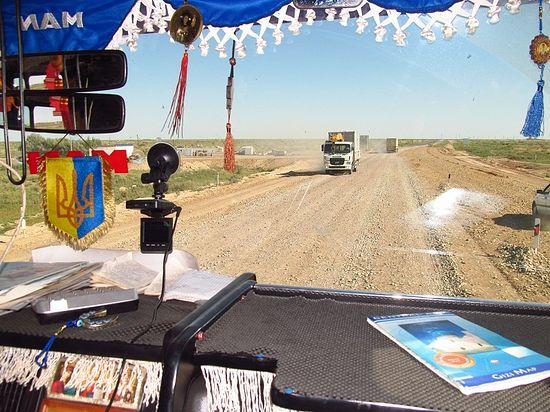 Фото из окна «дальнобойной машины» (Южный Казахстан)