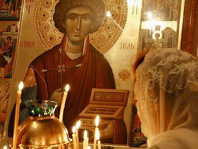 Тропарь великомученику Пантелеимону, или Зачем нам рукавички?