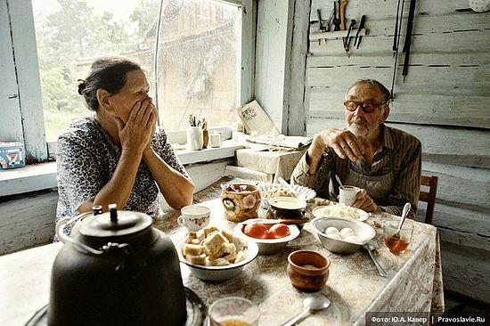 Всегда вместе. Супруги Николай и Роза Смирновы. Фото: Юрий Кавер