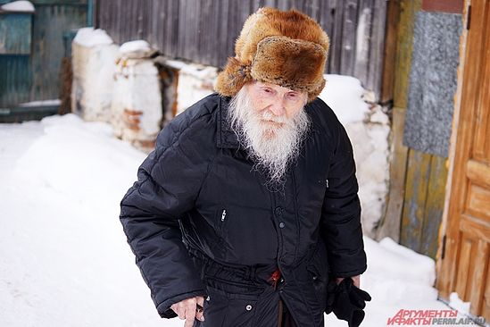 Без обзира на своје године, схимонах наставља да иде на службе. Фото: АиФ