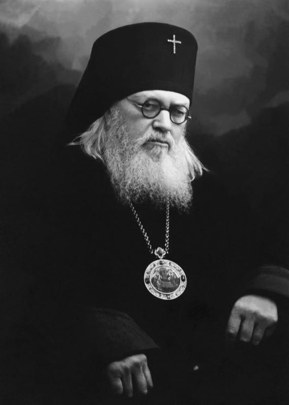 164675.b.jpg?0 Всемирното Православие -  НА СВ. ЛУКА КРИМСКИ ПОМАГА И В НАШИ ДНИ