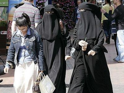 Законы Великобритании будут изменены в соответствии с шариатом