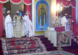 Выход с евхаристическими дарами на литургии