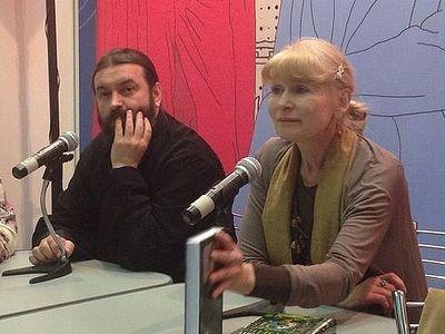 О. Андрей Ткачев и Олеся Николаева представили Издательство Сретенского монастыря на выставке «Книги России»